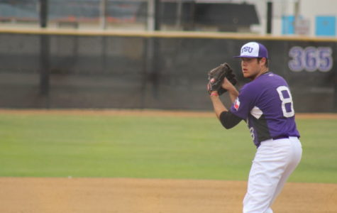 Texans fall to Aggies in series