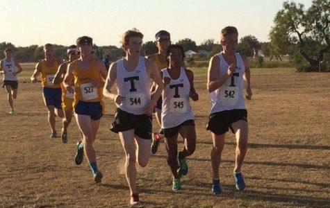 Texan cross-country dominates ASU meet
