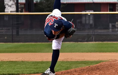 Texan baseball to host Lions in three game series