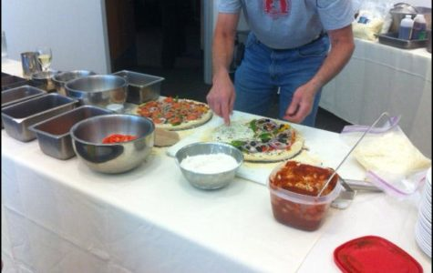 Attendees at the Culinary Court learn to create and enjoy California gourmet pizza