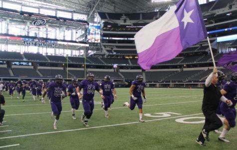 No. 12 Texans fall at AT&T Stadium