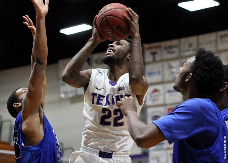 The Texans, lead by Head Coach Lonn Reisman, had an explosive December and successful Holiday Hoops Classic appearance in Las Vegas, Nevada.