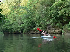 Outdoor Pursuits to host couples kayak trip
