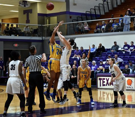 Texans, TexAnns gear up for LSC roadtrip