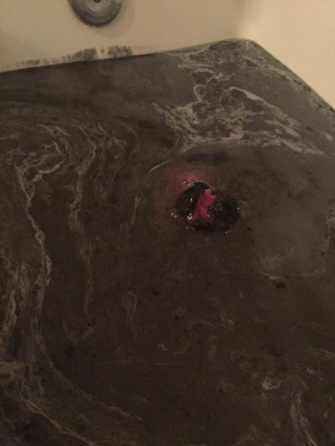 Lush jelly bath bomb; is it worth the hype?