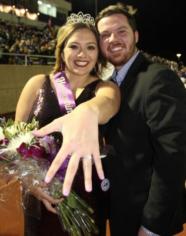 Kayla Lucio shows off engagement ring right after her fiancé, Wacey Horton proposed.