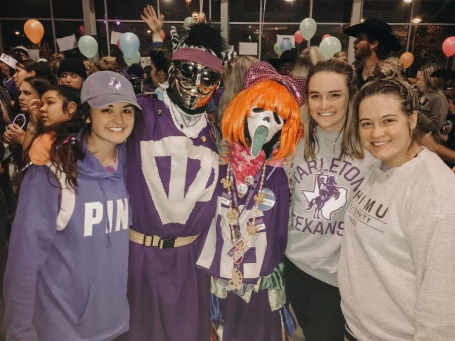 Hailey Mott, Brother Zebra Cakes, Sister Dobby, Emily Miller and Madison White at Midnight Pancakes during the 2018 Homecoming week.