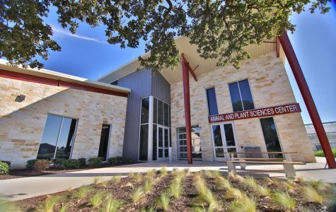 Tarleton opens new Animal and Plant Sciences Center