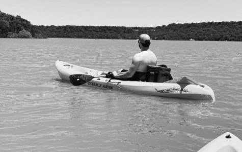 Alyssa Searcy and Travis Moore kayak on Lake Mineral Wells.